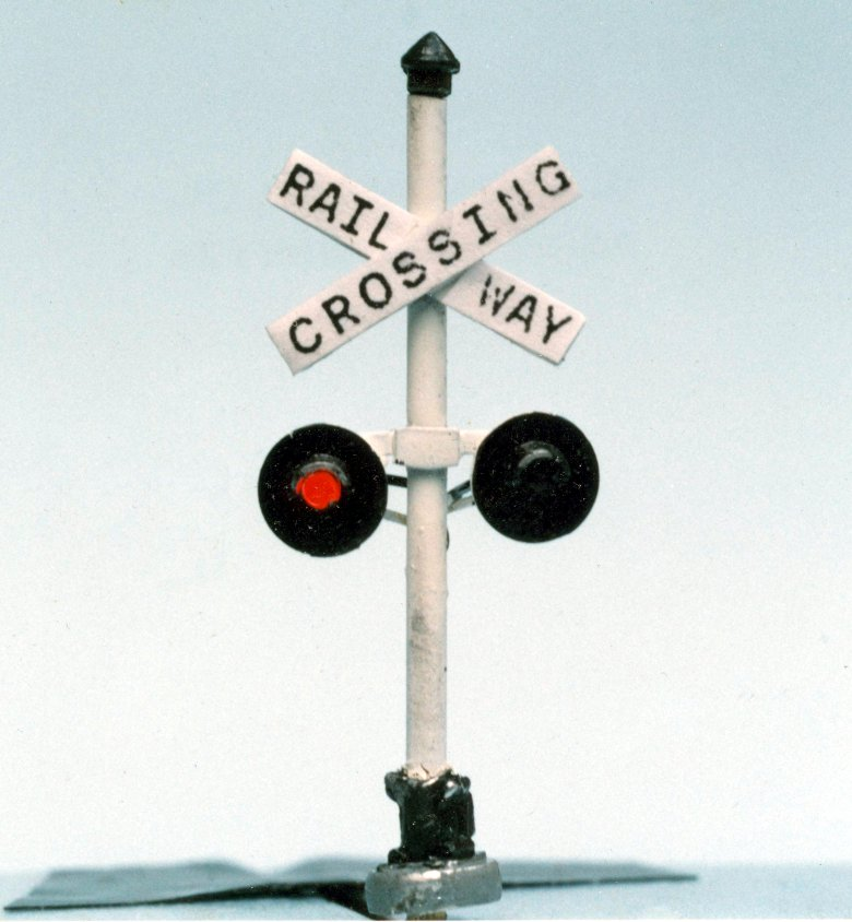 Operational Level Crossing Lights with LEDs